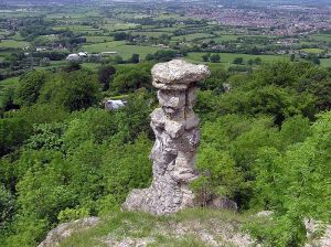Devils.chimney.at.leckhampton.arp