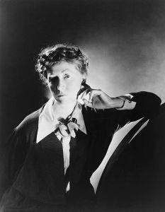 Marianne_Moore_1935